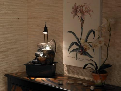 Table Fountain with Accent