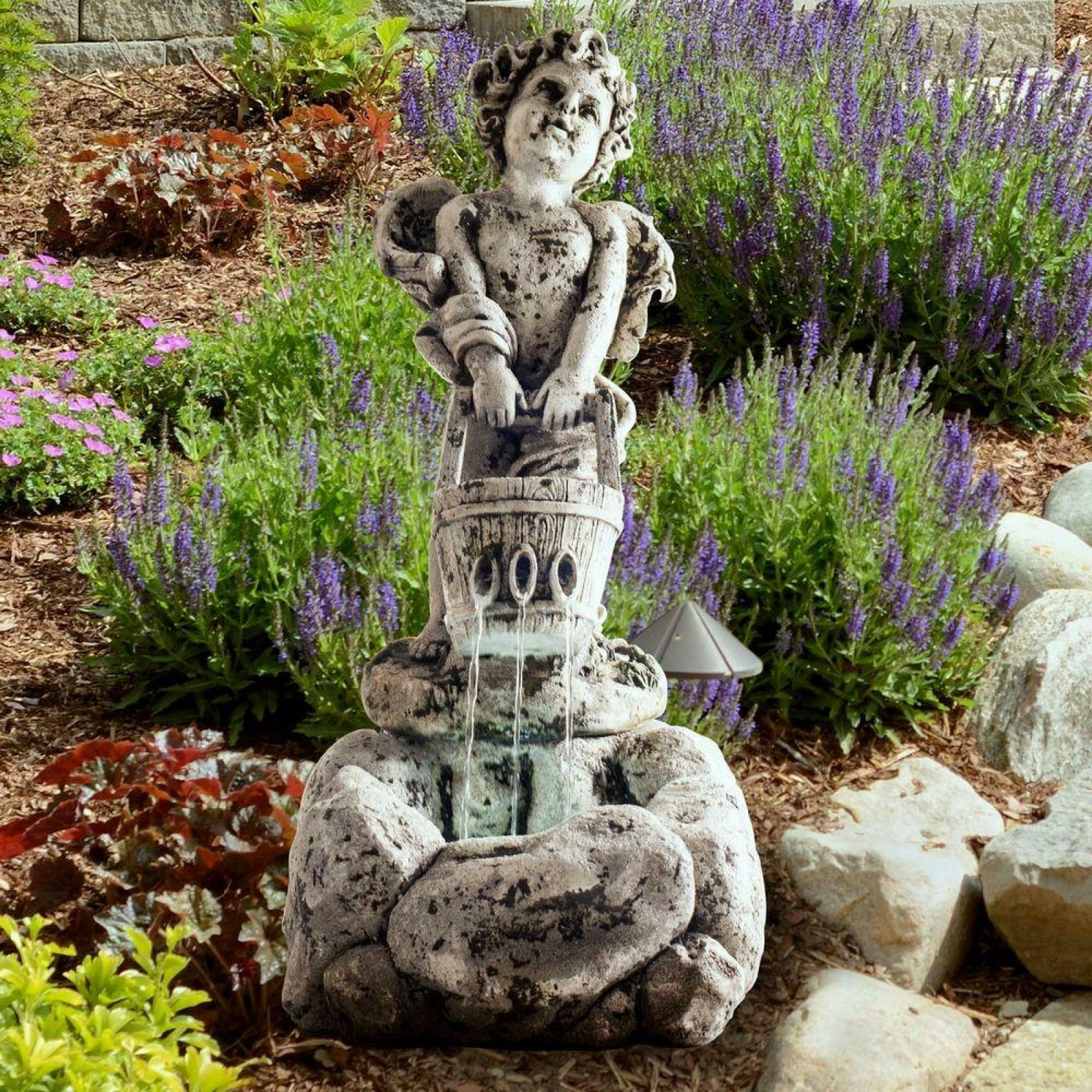 Fountain with Elegant Focal